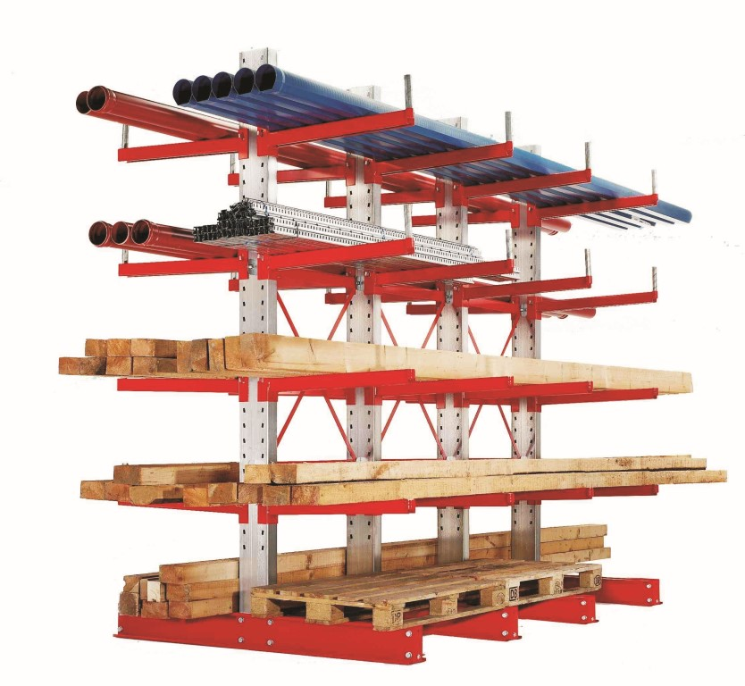 Heavy-duty cantilever racking with welded roll-off stop