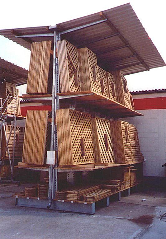 kragarmregale freir gerregale f r den aussenbereich. Black Bedroom Furniture Sets. Home Design Ideas