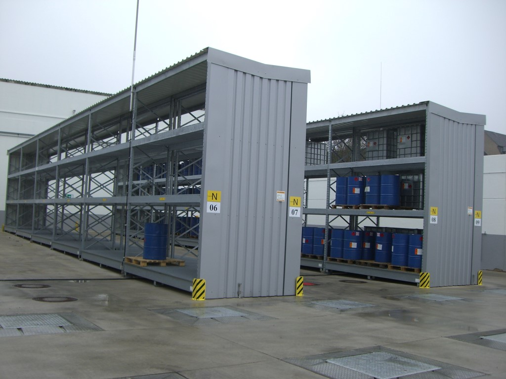 Pallet racking for storing hazardous materials