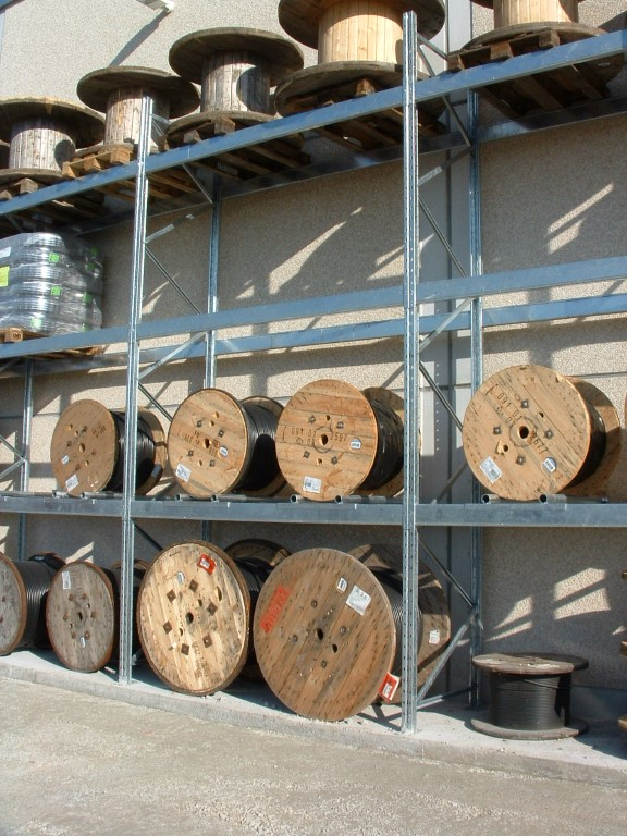 Galvanised pallet racking for energy suppliers outdoors