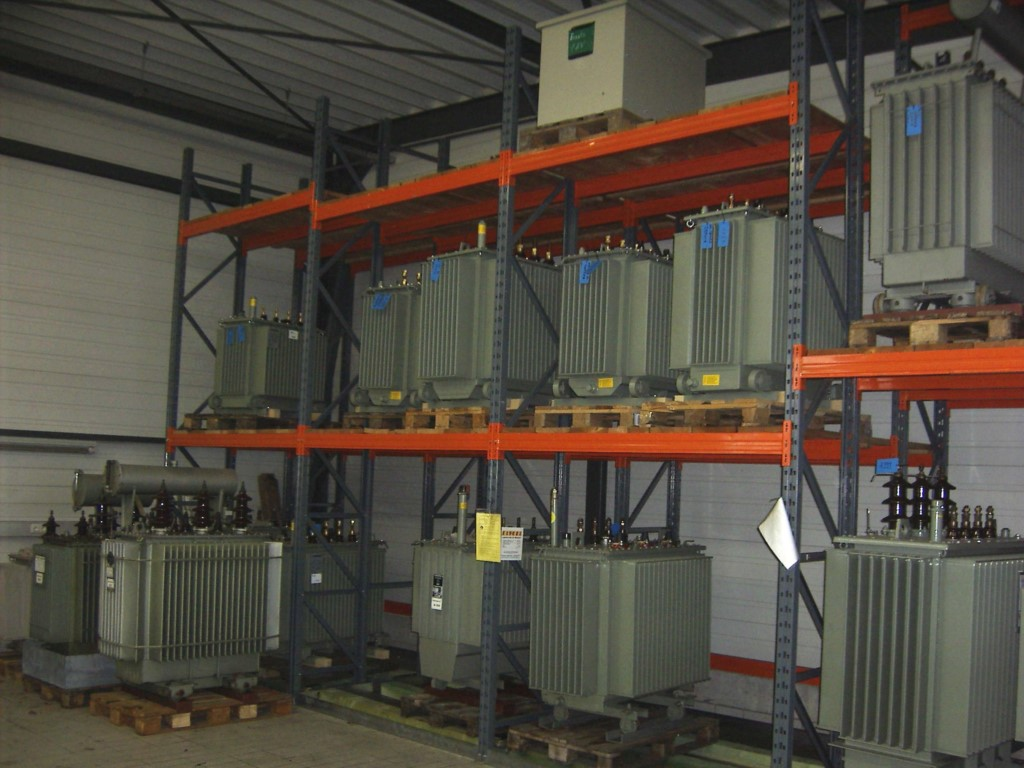 Heavy-duty pallet racking for energy suppliers