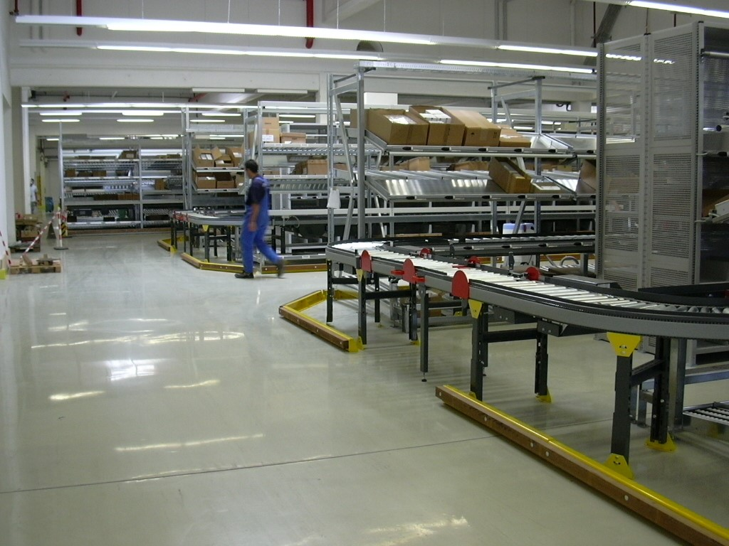 AKL systems with conveyor technology