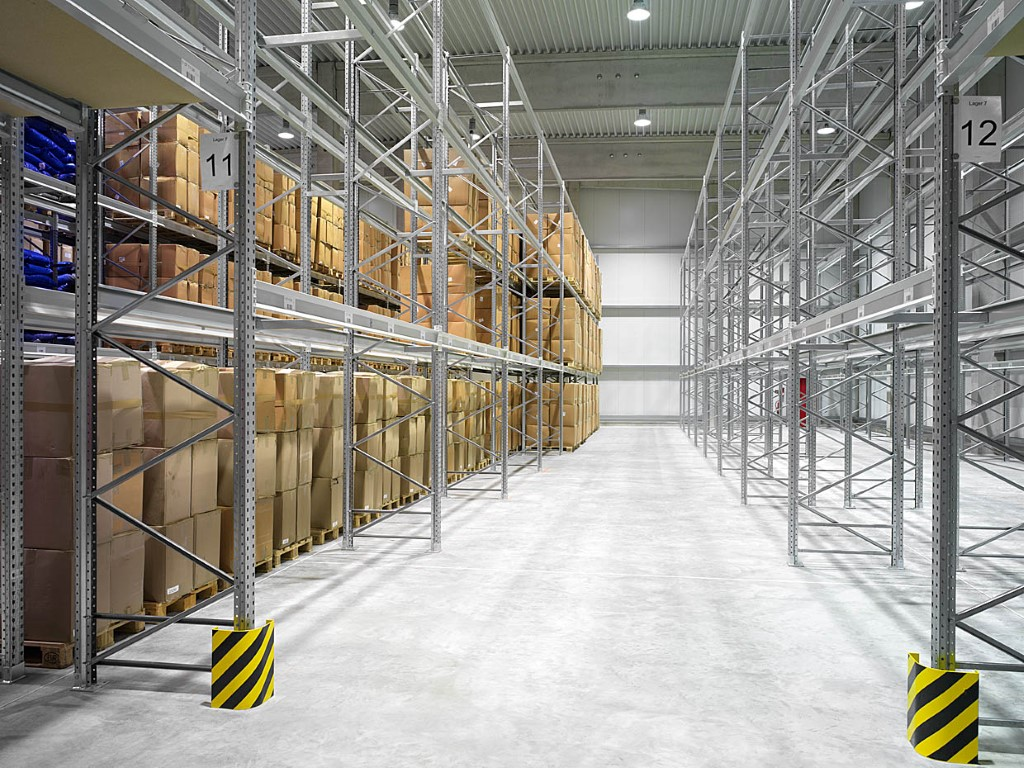 Multi-position systems as standard pallet racking