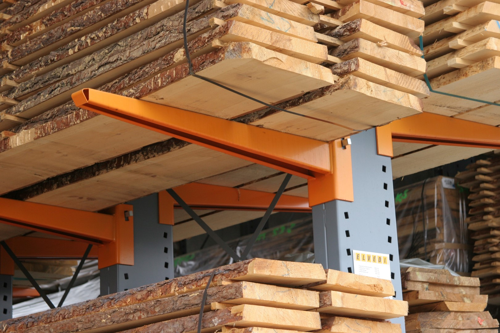 Cantilever racking for long goods storage