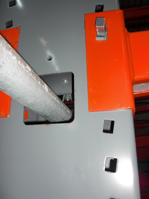 Accessories for cantilever racking, here the sprinkler system