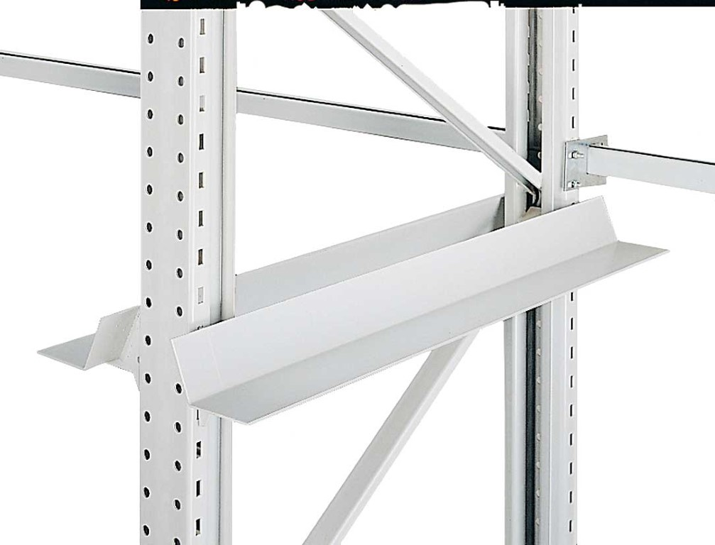 Single-position systems with pallet supports and push-through protections